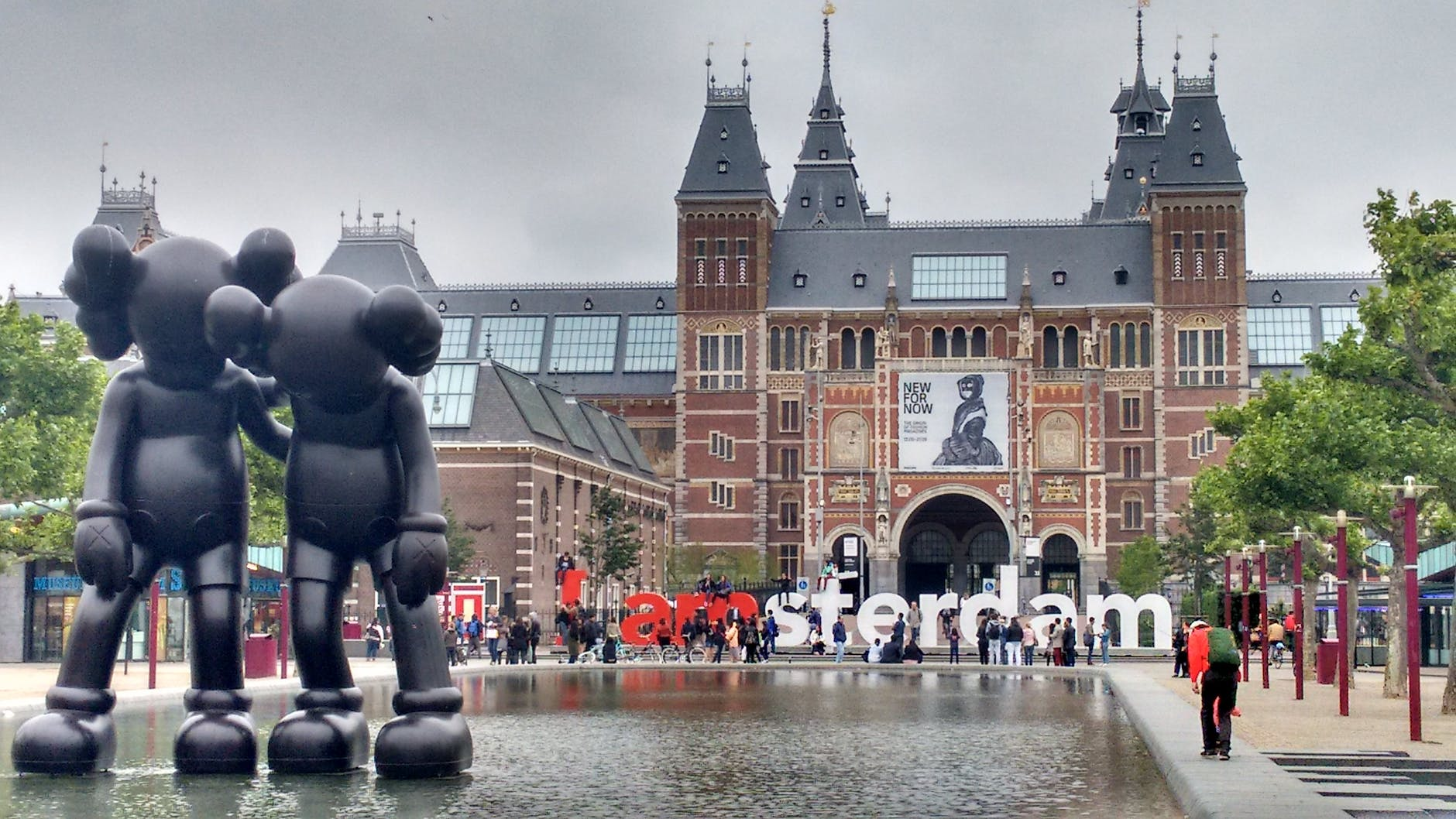https://www.pexels.com/photo/amsterdam-architecture-building-capital-208733/